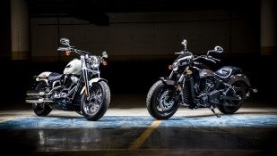 Indian Scout Sixty Vs. Harley Davidson Softail Slim: Polos opuestos.