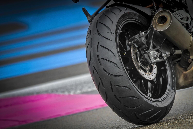 Sportec M7 RR, el nuevo neumático SuperSport de Metzeler