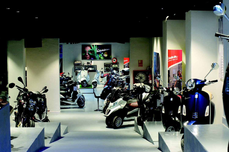 Motospazio, el nuevo concesionario de Grupo Piaggio en Barcelona puesto en marcha por Movento