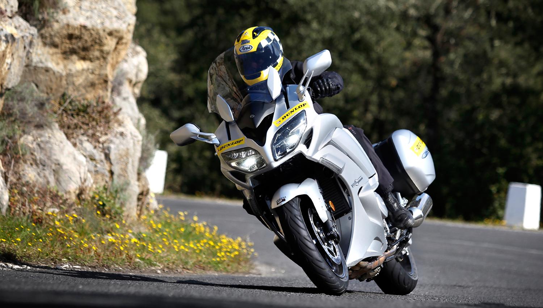 Dunlop regala Road Smart III con su Ultimate Road Trip