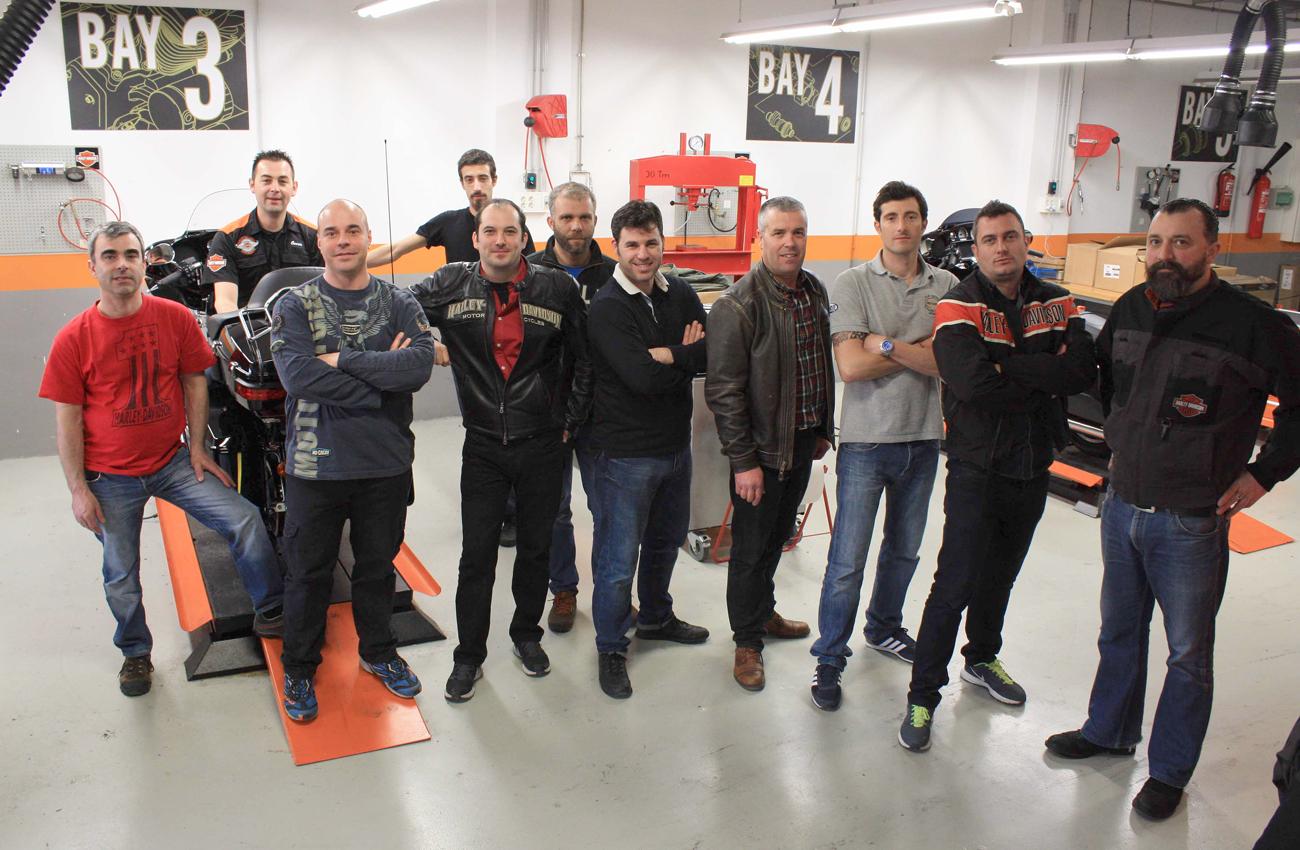 Harley-Davidson no para: curso de formación y nuevo concesionario