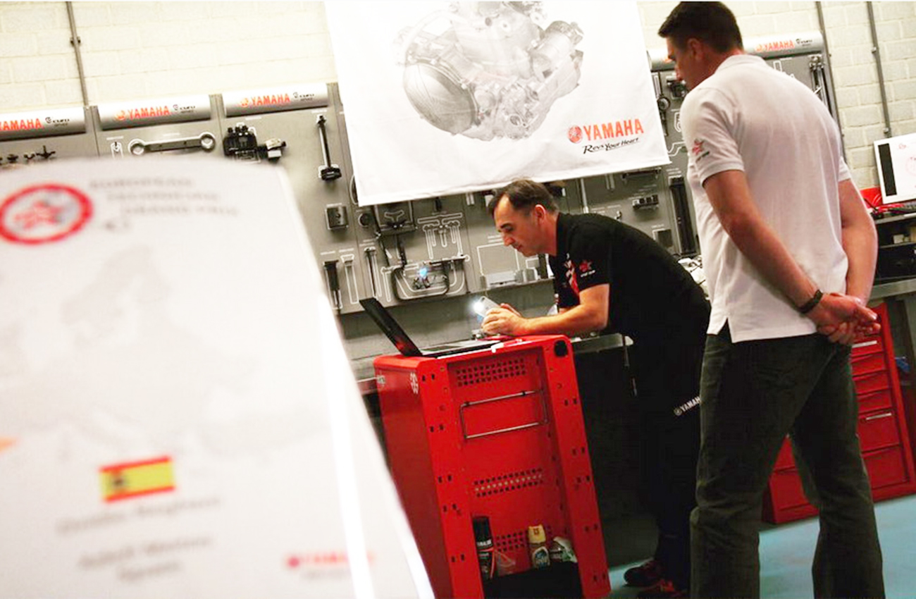 Yamaha elige a sus mejores mecánicos europeos