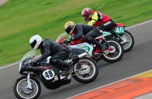 Continental, protagonista en las competiciones de motos clásicas