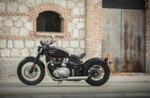El Avon Cobra es el neumático montado en el equipamiento original de la Triumph Bonneville Bobber