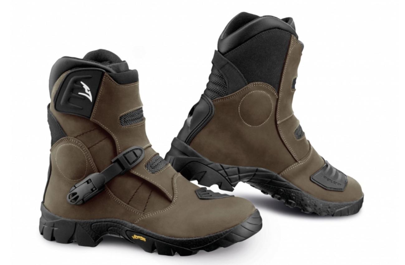 Comodidad aventurera con las nuevas botas Falco 2 Volt ADV