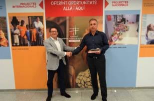 Rodi Motor Services dona más de 500 libros recolectados al Hospital de Nens de Barcelona
