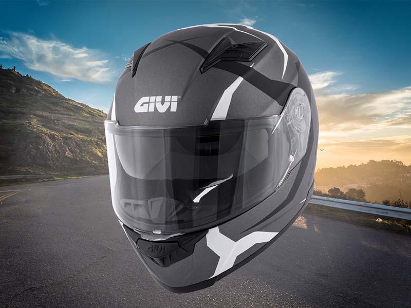 50.5 Tridion, el nuevo casco sport-touring de Givi