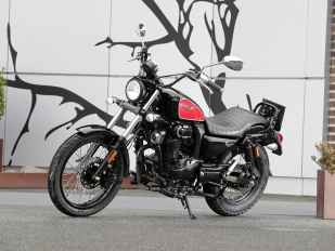Macbor Rockster 125i, una atractiva custom por poco más de 2.000 euros