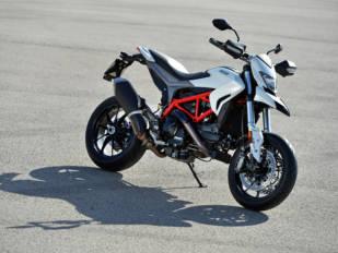 motoConsejo Texa: Comprobación del sistema de emisiones en la Ducati Hypermotard 939 (2016)