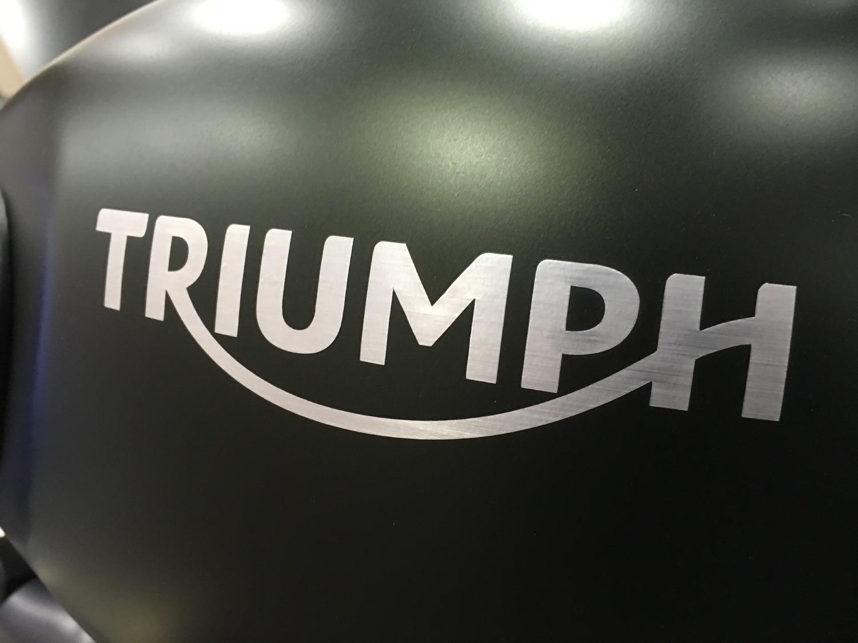 Triumph Motorcycles y Bajaj Auto se alían para desarrollar una línea de motocicletas de media cilindrada