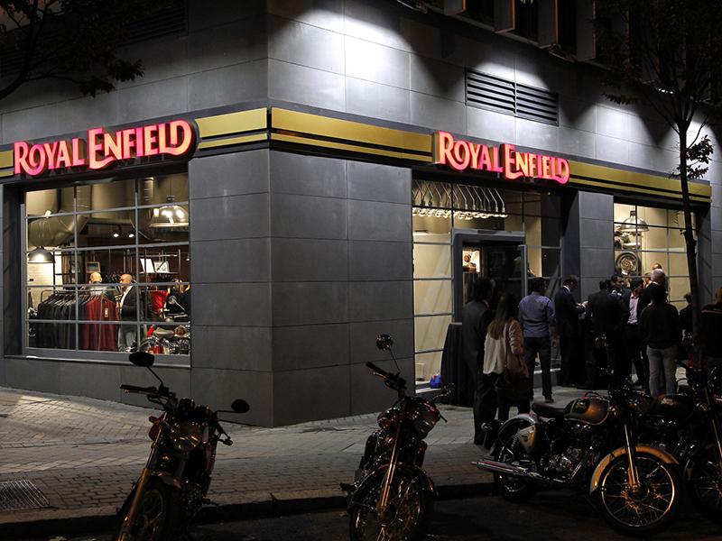 Apúntate a la fiesta Royal Enfield Madrid del próximo viernes 27 de octubre