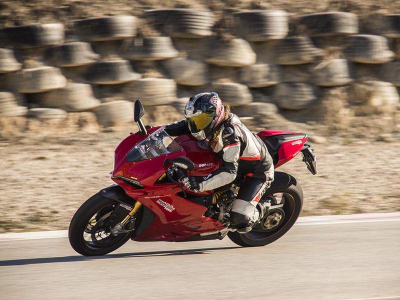 motoConsejo Texa: No se muestra la marcha insertada en el cuadro de instrumentos de la Ducati 1299 Panigale 2015