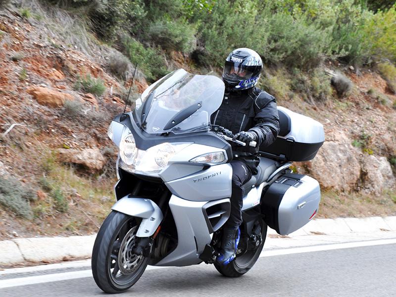 motoConsejo Texa: Cómo solucionar una avería eléctrica del caudalímetro en una Triumph Trophy 1215 i.e.