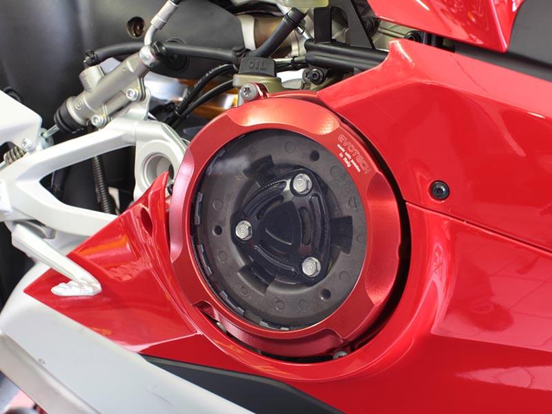 TF Superbike presenta los nuevos accesorios Evotech para la Ducati Panigale V4