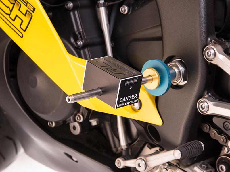 Una herramienta para profesionales, el medidor de chasis de motos Rapid Laser