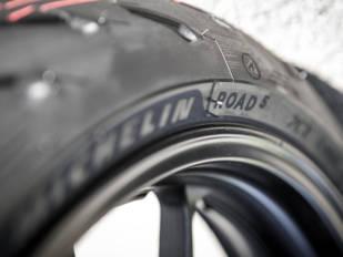 Descubrimos los nuevos Michelin Road 5