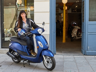 Kymco introduce al femenino Filly 125