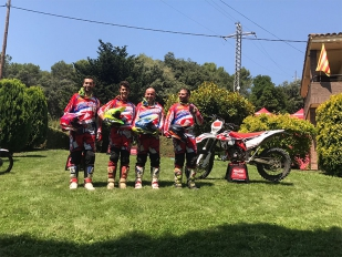 Beta-Trueba y Backflip Vallés presentan motos y pilotos