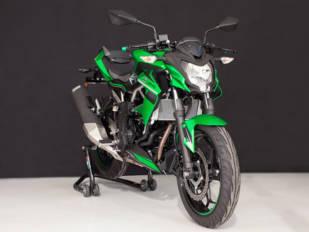 Accesorios Evotech para la Kawasaki Z 125 de 2019