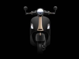 Vespa y Rizoma unidas en el diseño de la nueva Vespa GTS 300 hpe