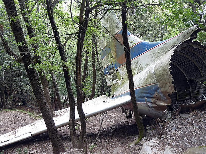 El DC-6 estrellado en la sierra de l'Albera, por Manel Kaizen