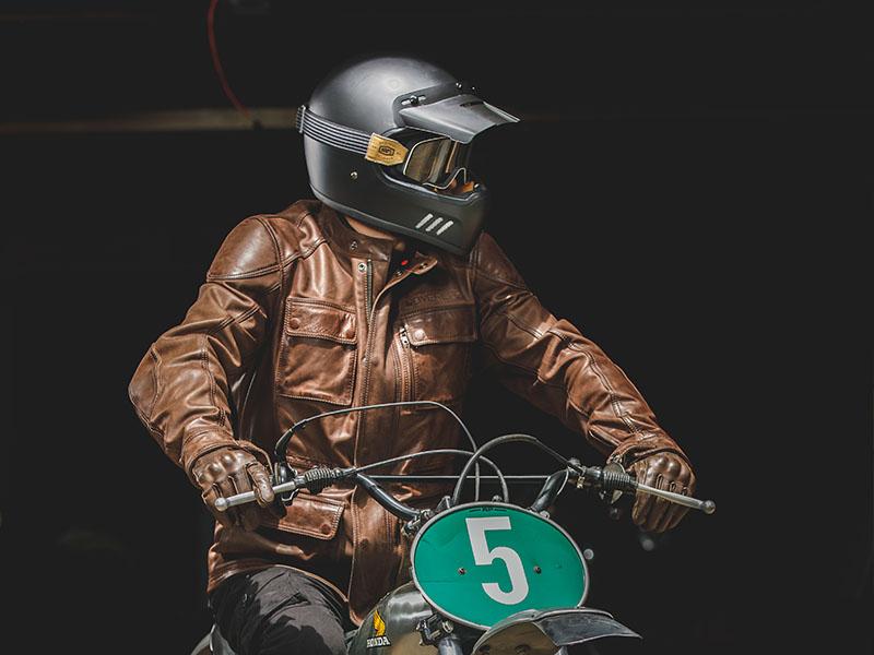 Astone Helmets lanza su casco Super Retro