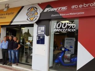 Fantic inaugura un nuevo concesionario en Granada