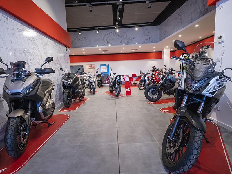 El concesionario Honda Motos Ortasa inaugura sus instalaciones de Bilbao