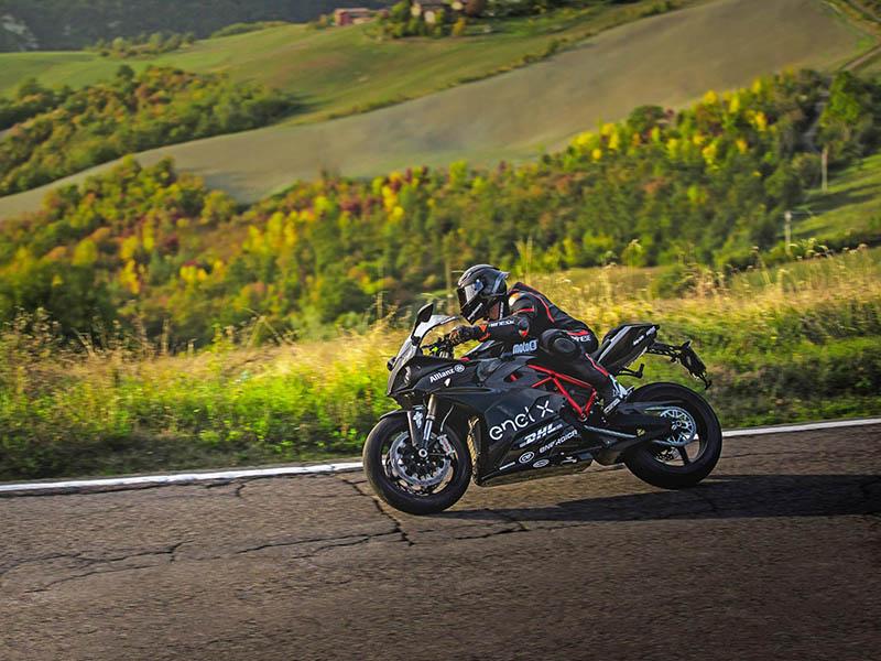 Bihr se asocia con la marca de motos eléctricas Energica