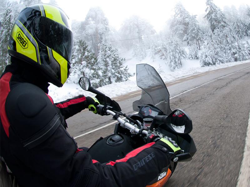 Consejos Mapfre Cuidamos tuMoto para los que usan la moto en invierno