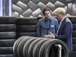 La digitalización y la falta de personal, retos del sector de neumáticos