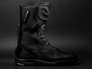 Comodidad y seguridad para los tragamillas con las botas Metamorphosis de Eleveit