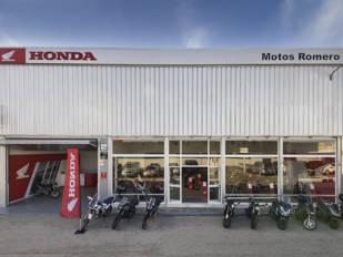Motos Romero inaugura sus nuevas instalaciones en Jerez