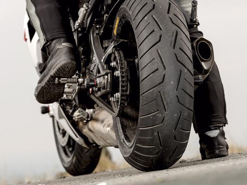 Consejos Continental para el mantenimiento de la moto durante la cuarentena