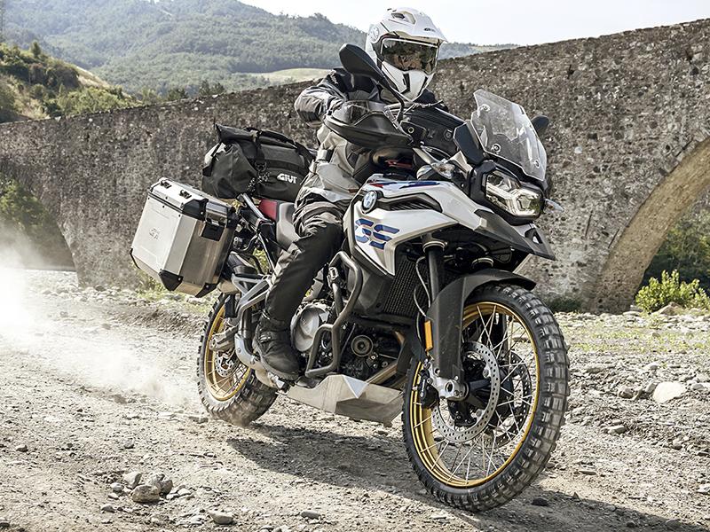 Consejos y propuestas GIVI para cuando puedas volver hacer rutas en moto