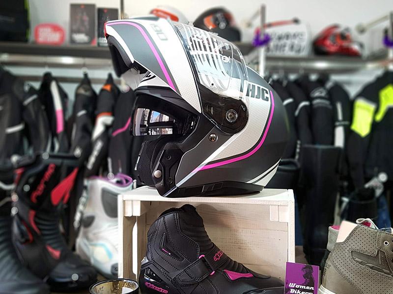El casco HJC i90 es modular y femenino