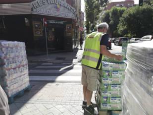 La Asociación Mutua Motera recoge 7.185 litros de leche para familias necesitadas