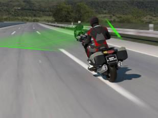 BMW Motorrad presenta su nuevo control de crucero activo (ACC)