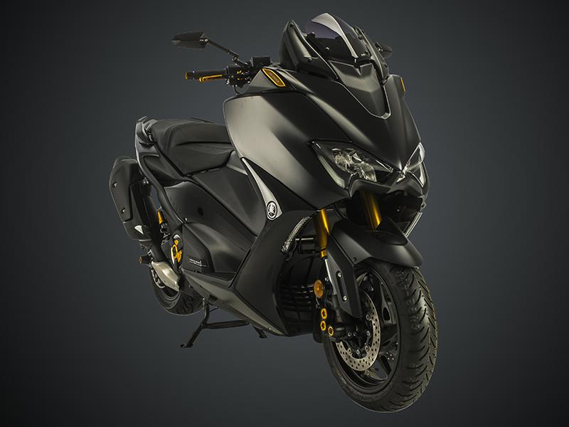 Accesorios Puig para la Yamaha T-Max 560 (2020) y la Kawasaki Z900 (2020)