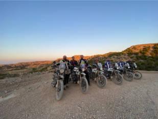 Realizamos la Monegros Adventure de O2 Riders: Una de las actividades más divertidas que se pueden hacer sobre dos ruedas