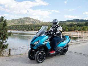 Peugeot Metropolis: Un escúter de tres ruedas con los colmillos afilados