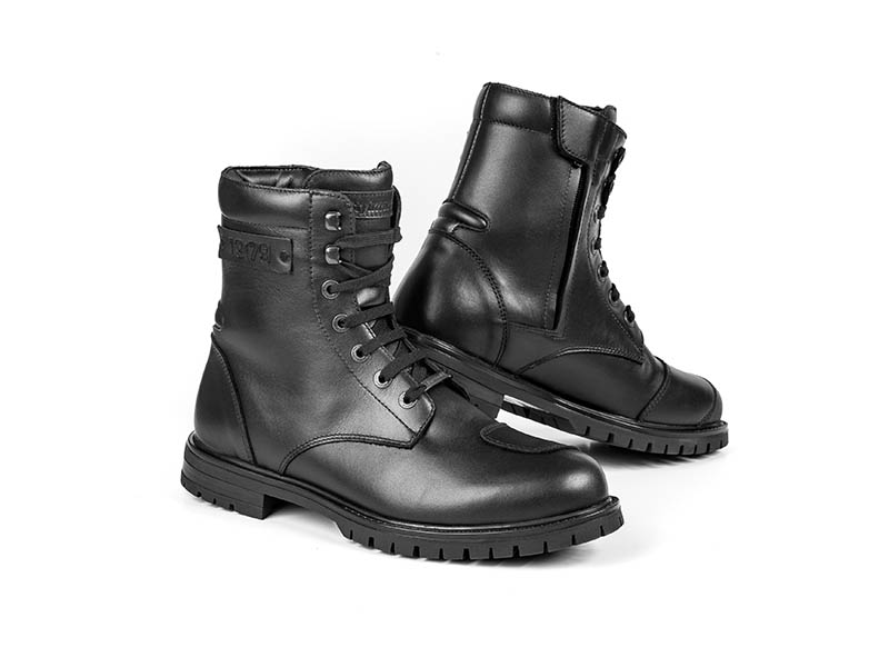 """Stylmartin lanza sus nuevas y oscuras botas """"Jack"""""""