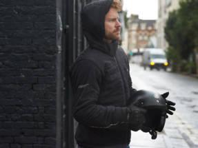 Protección y confort con la chaqueta Frontier de RST
