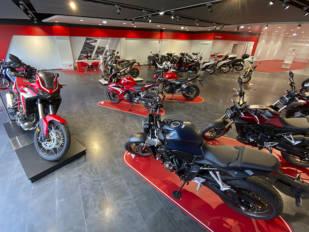 """El sector de la moto salva los muebles con una caída de las ventas de """"solo"""" un 9,2% en un complicado ejercicio 2020"""