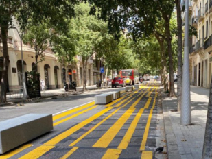 El Ayuntamiento de Barcelona retirará los bloques de hormigón de sus calles