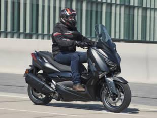 Escapes para la Yamaha X-Max: rendimiento y estética
