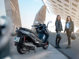 Keeway Motor España presenta nueva marca y escúter con el Ariic 318