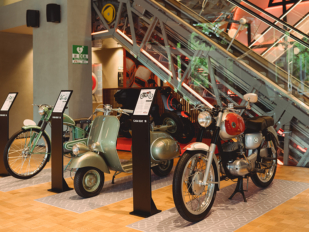 Magnífica exposición de motos históricas en Casa SEAT de Barcelona