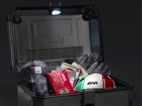 GIVI lanza la luz interior de cortesía E198 para las maletas de aluminio